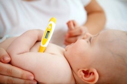 Ребенок 2 месяца – заболел, что делать?
