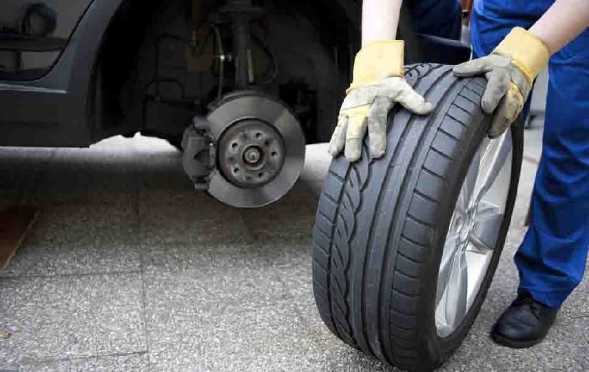 Как поменять шины на РЕНО Колеос