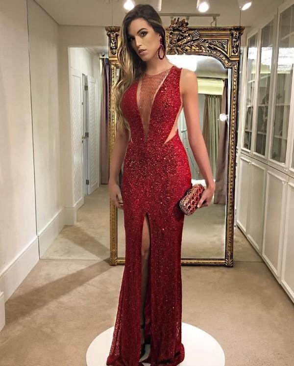 Как правильно выбрать вечернее платье по фигуре?