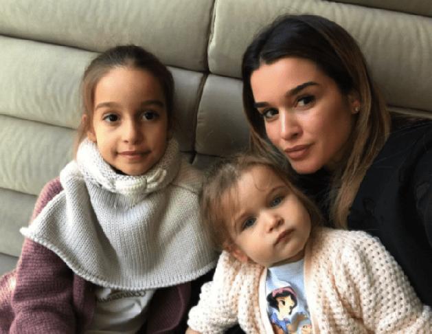 Ксения Бородина дочь Тея и Мария