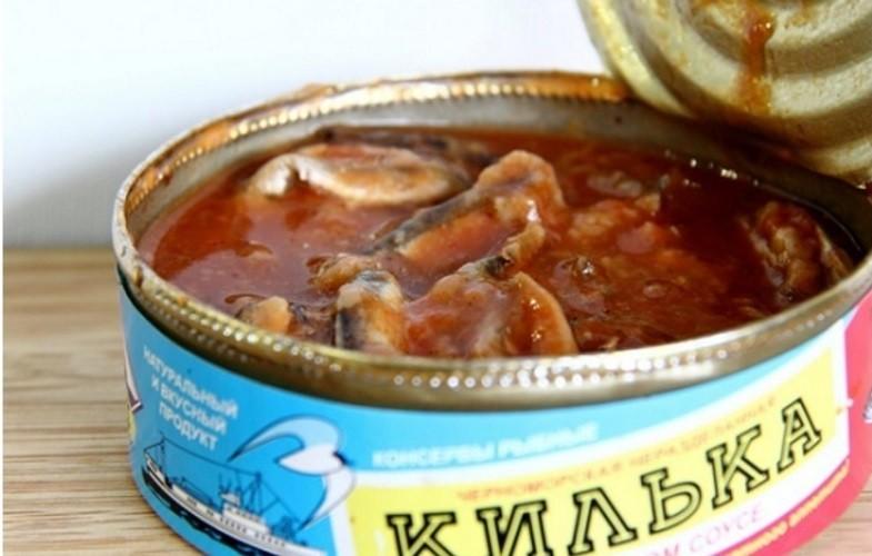 Как приготовить суп из консервированной кильки?