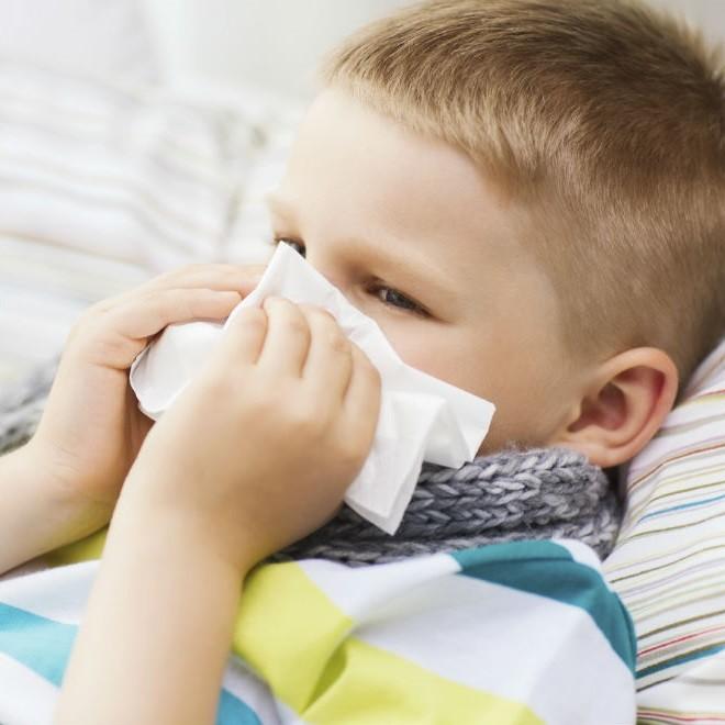 Как быстро вылечить кашель у ребенка?