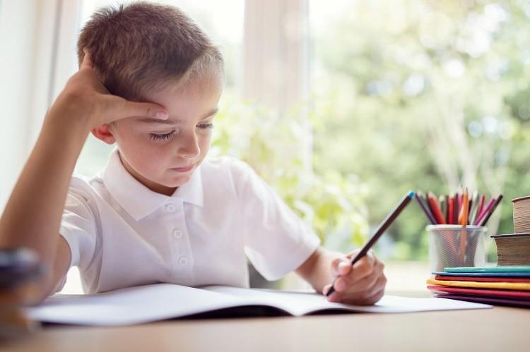 Как помочь ребенку в школьный период?