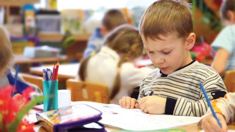 В какой период после переезда можно идти в новый детский сад?