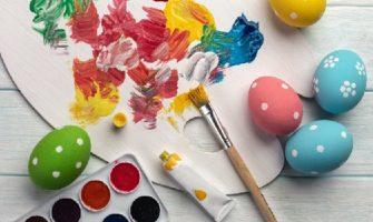 Как покрасить яйца на Пасху?